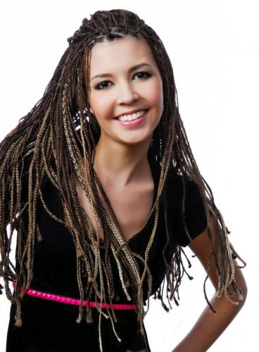 156301-368x500-Teen-with-Braids